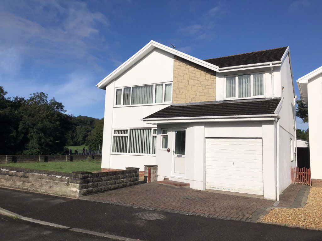 Woodland Avenue, Pencoed, Bridgend, CF31 6UP