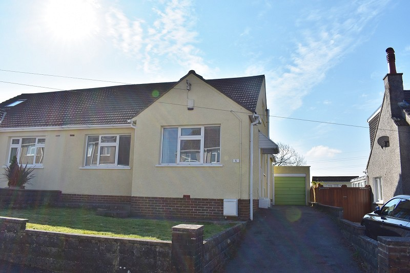 Mayfield Avenue, Laleston, Bridgend. CF32 0LH