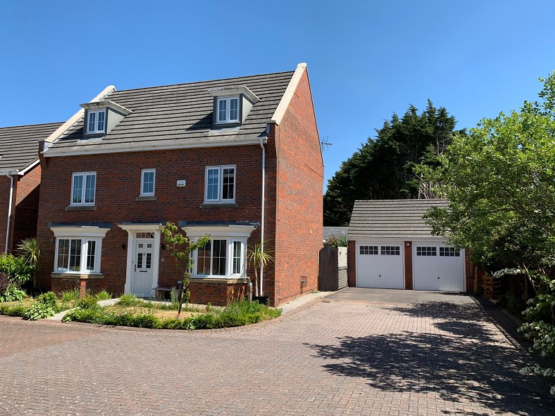 Waterton Close, Waterton, Bridgend. CF31 3YE